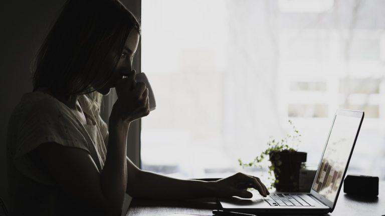 Jak działa system rezerwacji online?