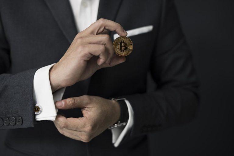 Jak można uzyskać zyski na walutach internetowych?