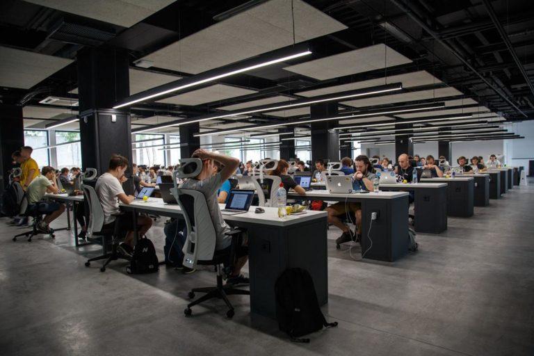 Szukasz powierzchni biurowej lub handlowej do wynajęcia w Warszawie?